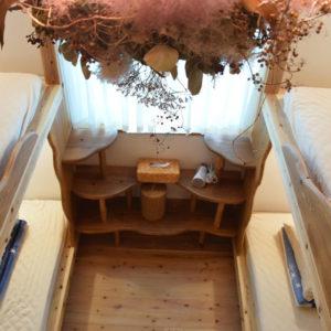 手作りの3段ベッド
